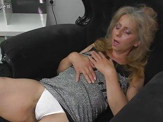 Mature mother masturbating watching xHamster