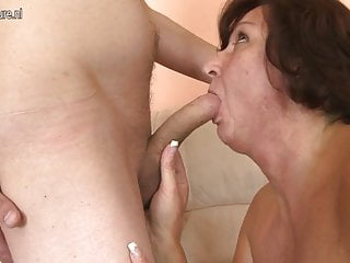 Mature mother fucks her young son's friend