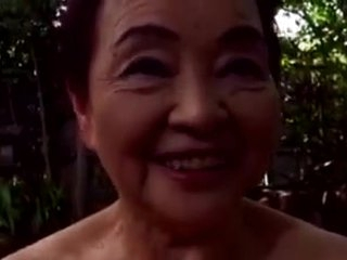Japaneese granny  siep 2 - sucking