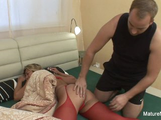 Young Man Wakes Grandma Up To Fuck Her Hard - Mature'NDirty