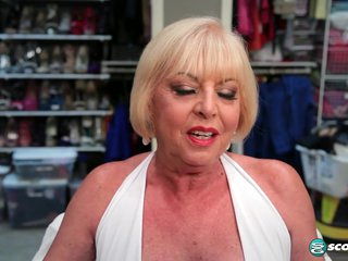Scarlet And The Happy Cuckold - 60PlusMilfs