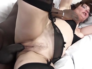 Granny has experience with black dicks
