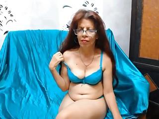 Hispanic milf solo