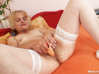 Czech Cougars - dominika 1